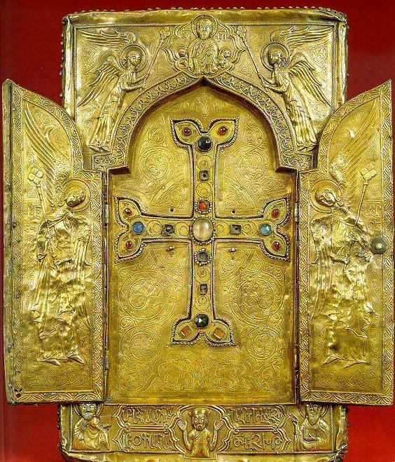 holy-cross-reliquary-open-e1535300893396.jpg