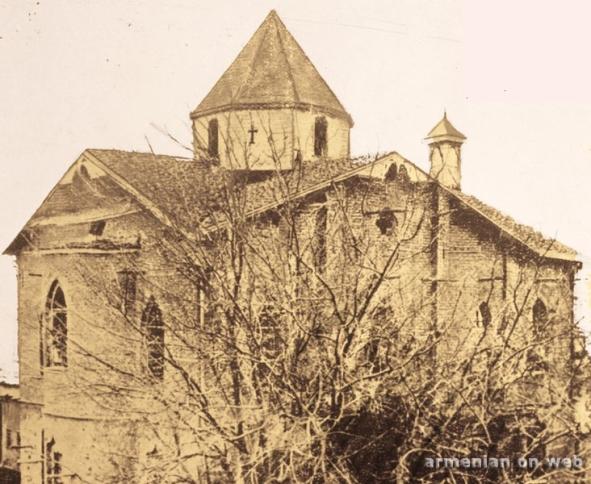 Hulaküg 1910'dan sonra insa edilen Protestan Kilisesi.